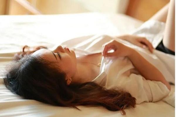 血压高的人,谨记:早起三不做,饭后三不急,睡前三不宜!(健康知识)