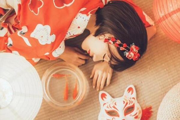 睡姿看一生运势,龙卧的人是最好命!(睡姿与运势)